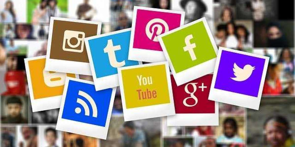 What are the most popular social networks?